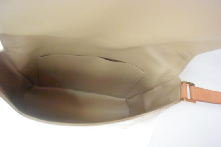 Louis Vuitton Thompson Street Vernis Leder beige -6545