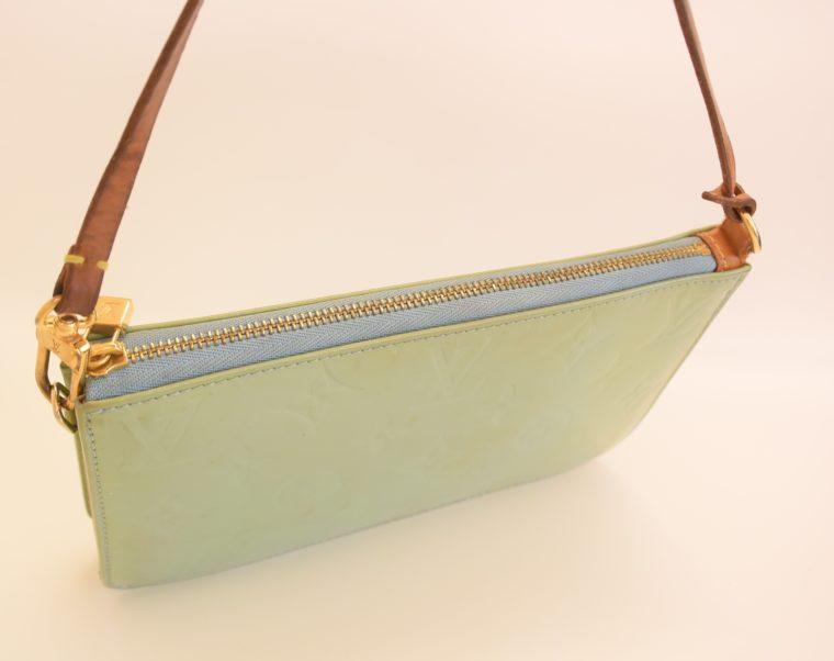 Louis Vuitton Clutch Pochette Lexington blau Vernis Leder-10362