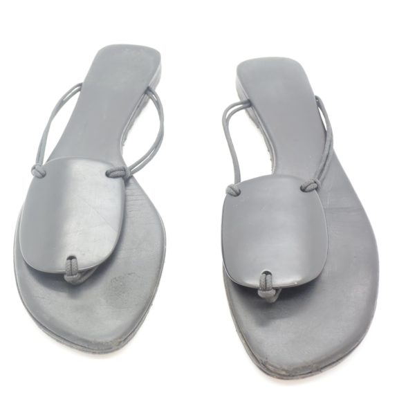 Hermès Sandalen schwarz 38