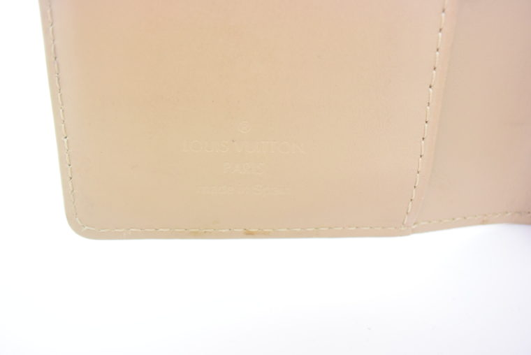 Louis Vuitton Kalender PM Vernisleder beige-11701