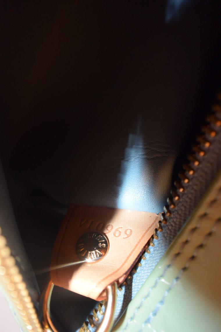 Louis Vuitton Tasche Bedford türkis Vernis Leder -12855