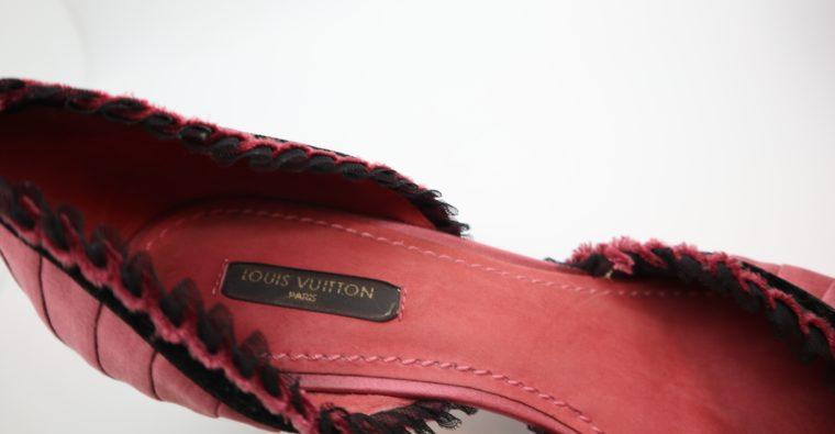 Louis Vuitton Pumps rosa Satin 38-14322