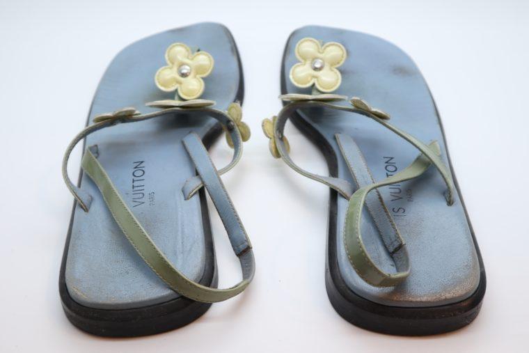 Louis Vuitton Sandalen Flip Flops blau 38-14423