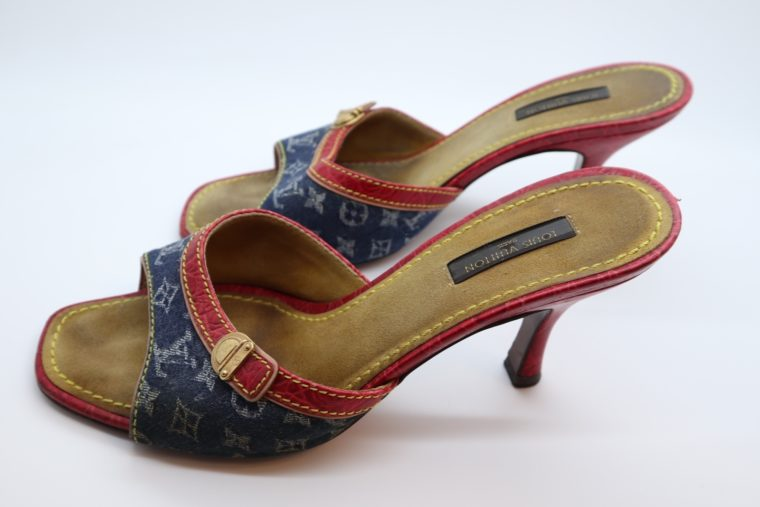 Louis Vuitton Pumps Krokodilleder Jeans 37 1/2-14439