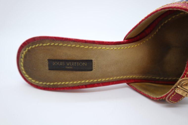 Louis Vuitton Pumps Krokodilleder Jeans 37 1/2-14446