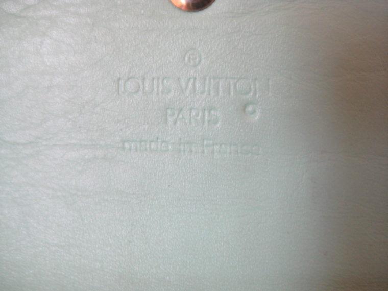 Louis Vuitton Geldbörse International Vernis Leder türkis -690