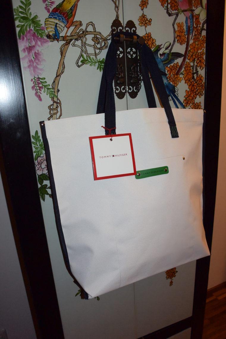 große Tommy Hilfiger Tasche weiß-3028
