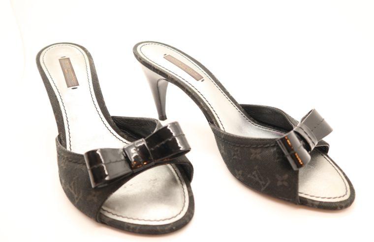 Louis Vuitton Pumps schwarz 38 1/2-14626