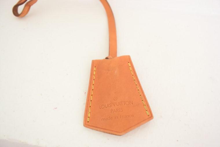 Louis Vuitton Anhänger Schlüsselglocke VVN Leder beige-6465