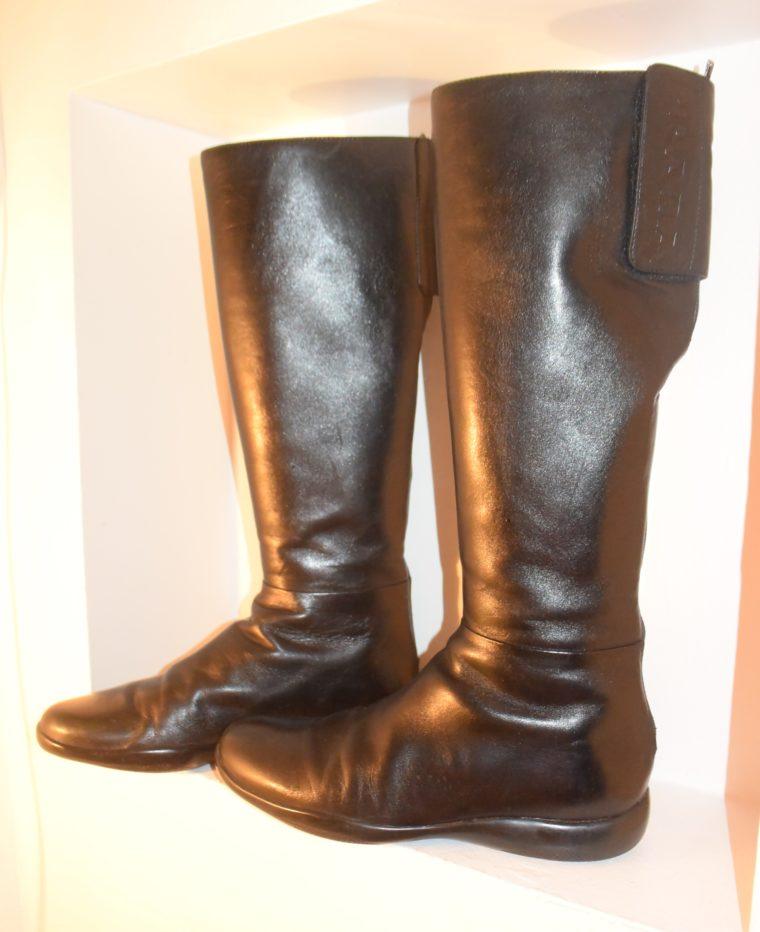 Prada Stiefel schwarz Leder 37-7134