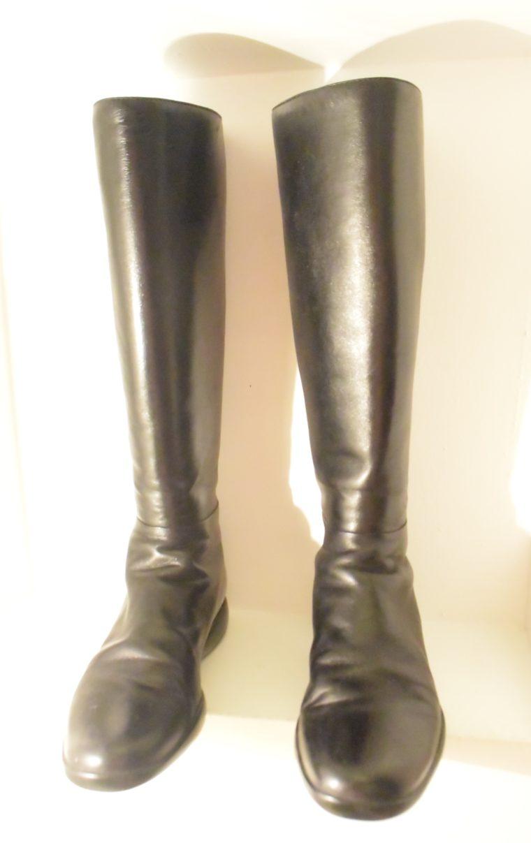 Prada Stiefel schwarz Leder 37-7129