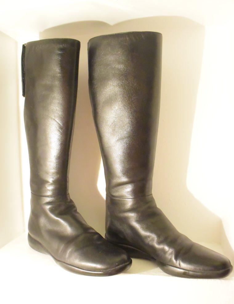 Prada Stiefel schwarz Leder 37-7132