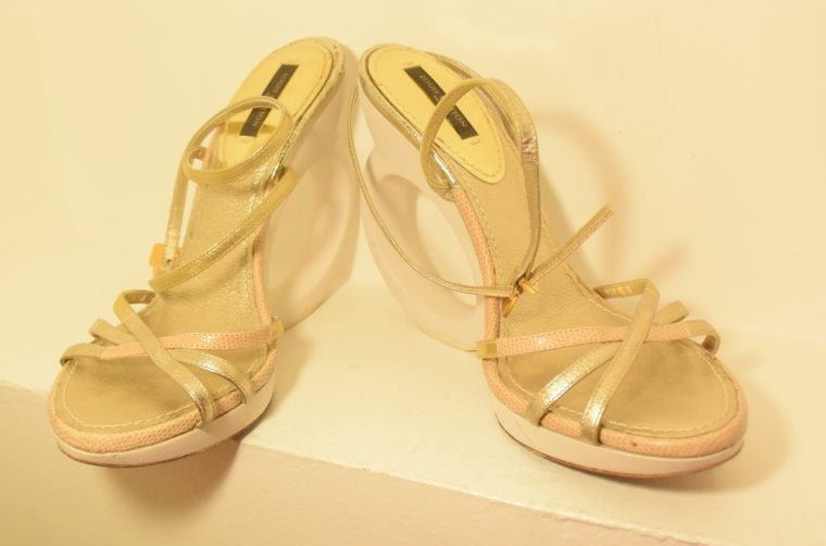 Louis Vuitton Pumps gold 38-7504