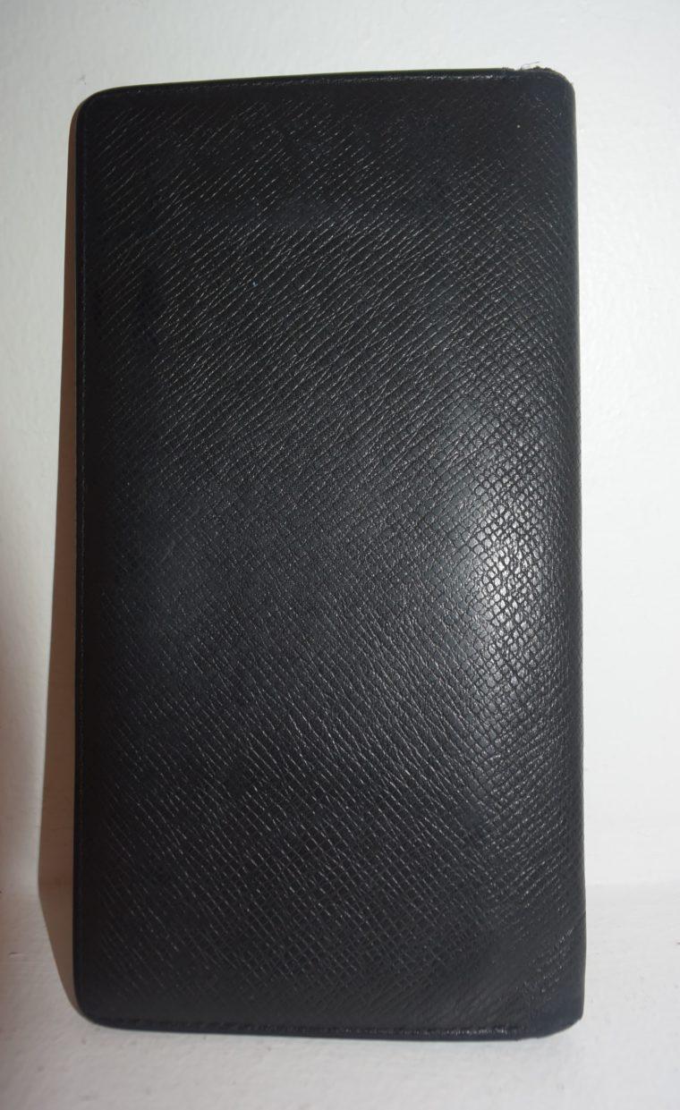 Louis Vuitton Geldbörse Taschenagenda Taigaleder schwarz-8505