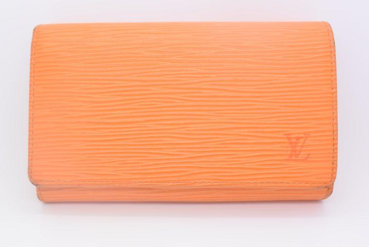 Louis Vuitton Geldbörse Porte-monnaie billets trésor Epi Leder orange-11110