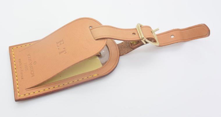 Louis Vuitton Adressanhänger VVN Leder E.T-11187