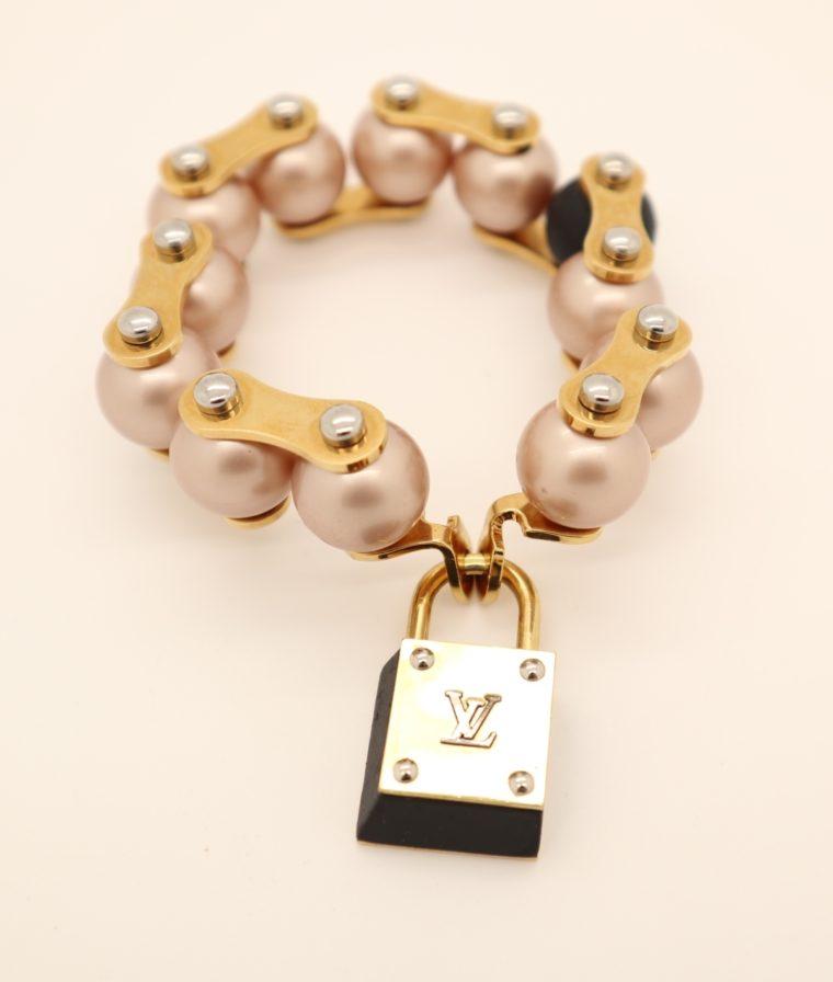 Louis Vuitton Armband Perlen gold-13640