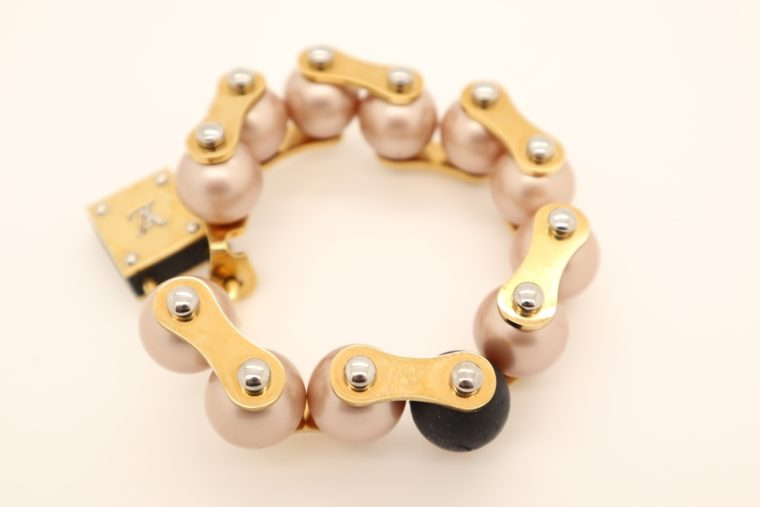 Louis Vuitton Armband Perlen gold-13638