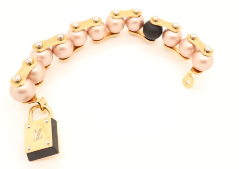 Louis Vuitton Armband Perlen gold-13641