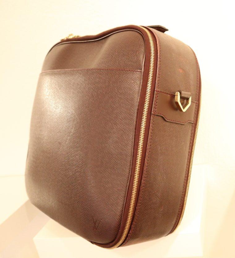 Louis Vuitton Tasche Reisetasche Porte Ordinateur Ture Taiga Leder rot-14855