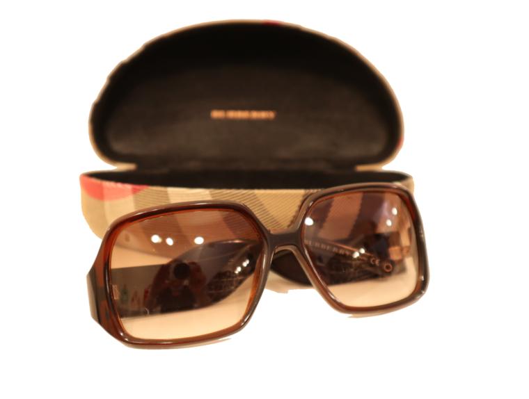Burberry Sonnenbrille braun inkl. Etui-15319