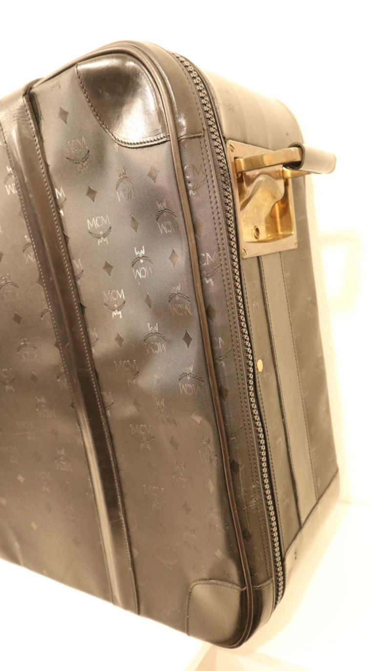 MCM Koffer Trolley schwarz-15151